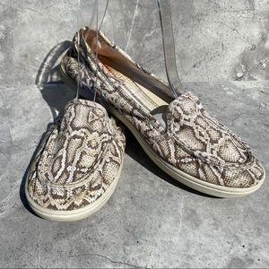 Roxy Snake Skin Pattern Loafers